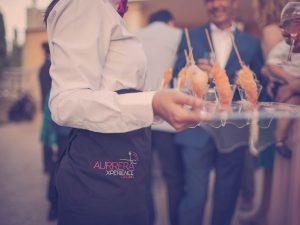 camarero-catering-benidorm-aurrera