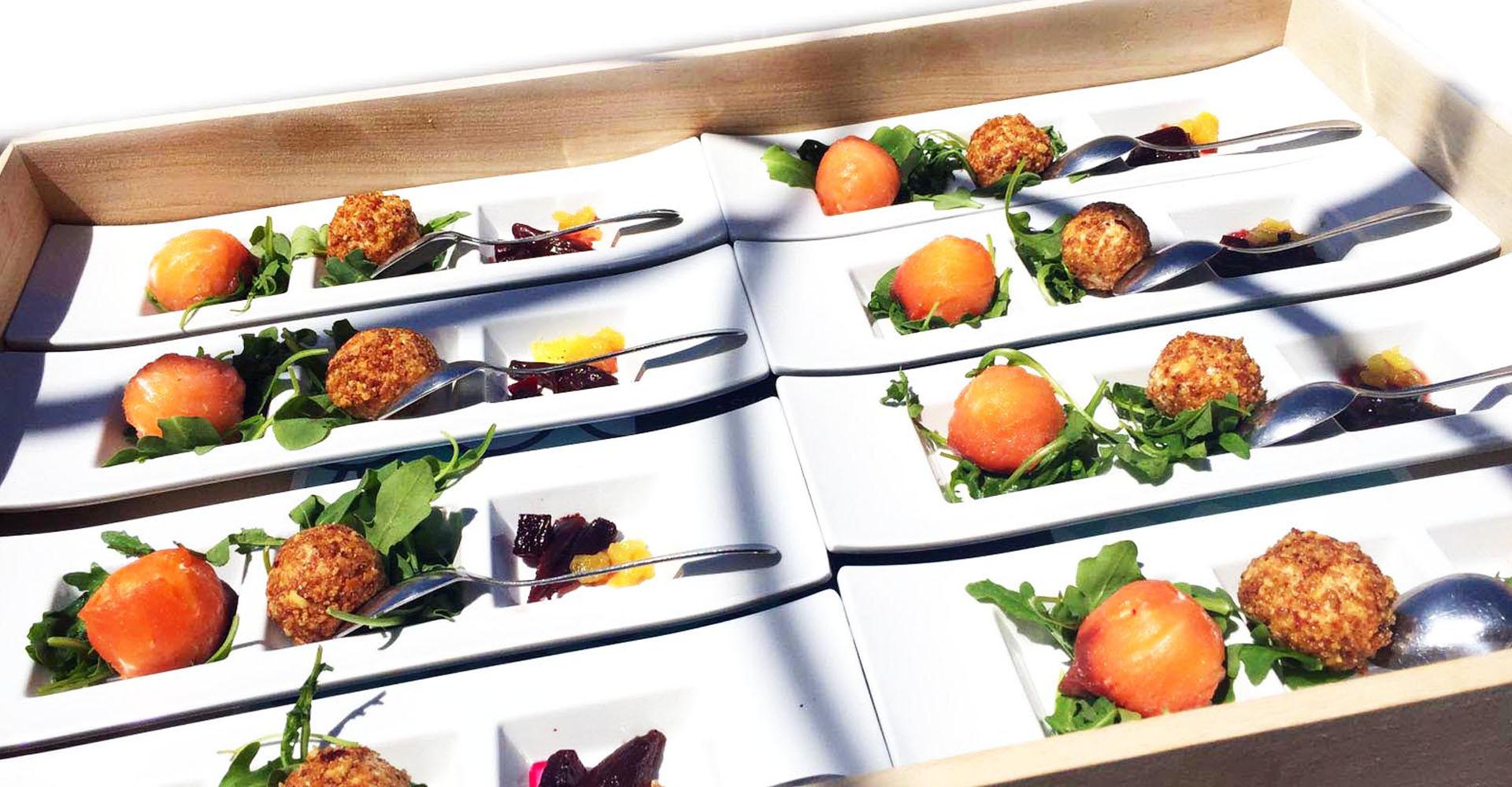 Bandeja de aperitivos en Catering Aurrera de Benidorm
